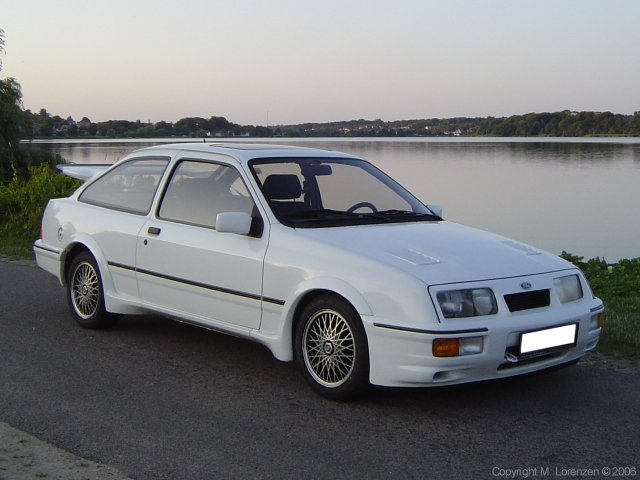 Sierra_RS_Cosworth_Front.jpg